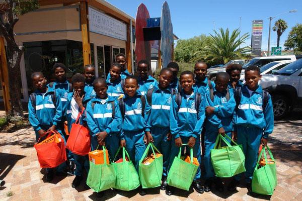 Ge ett skolpaket barngrupp